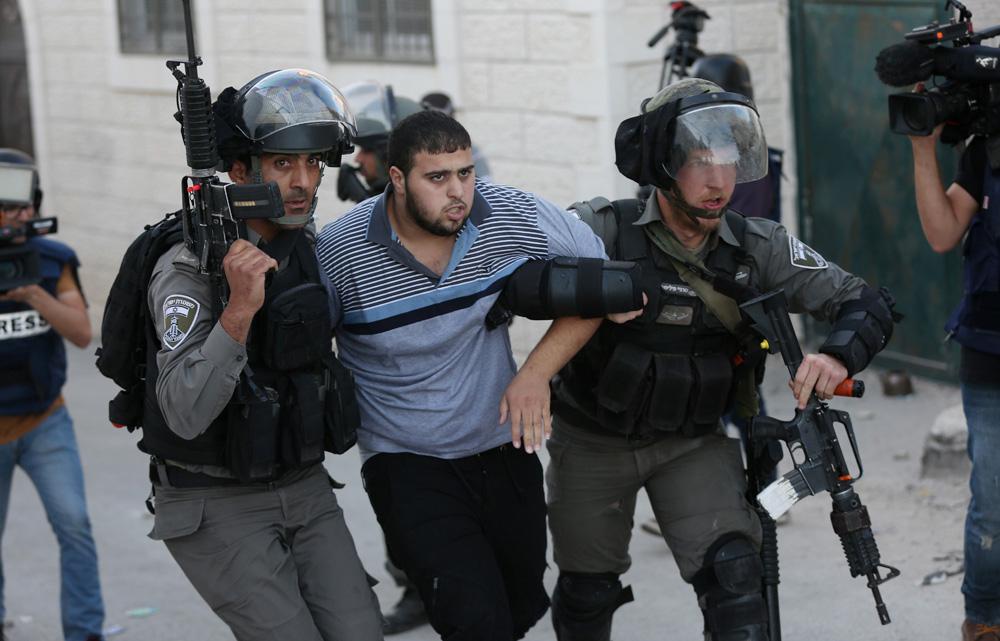 Israel Tahan 10 Orang Palestina Termasuk Pejabat Fatah