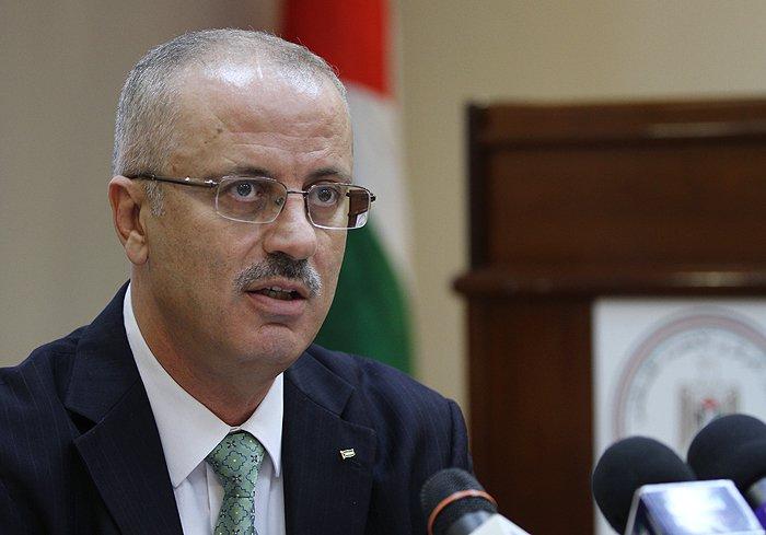PM Palestina Rami Hamdallah Mengundurkan Diri