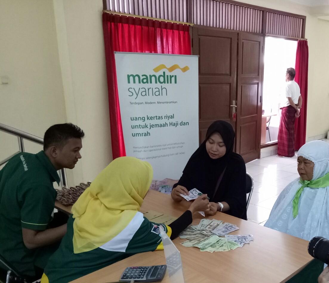BSM Buka Loket Penukaran Riyal Bagi Jamaah Haji Indonesia