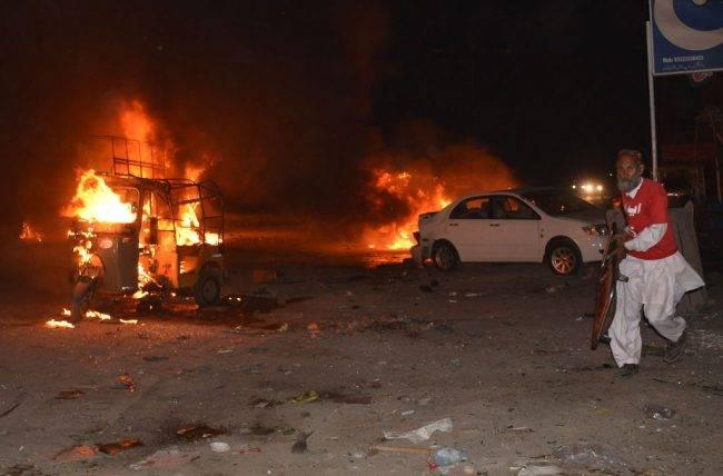ISIS Klaim Ledakkan Bom di Pakistan, Tewaskan 15 Orang