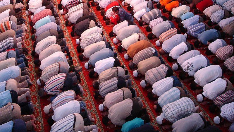 Kewajiban Mendirikan Shalat Bagi Orang Islam
