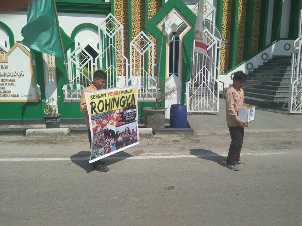 Ponpes Al-Fatah Singkawang Gelar Aksi Galang Dana Peduli Rohingya