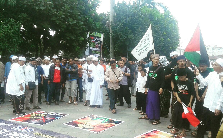 Ribuan Muslim Tasikmalaya Gelar Aksi Solidaritas Rohingya