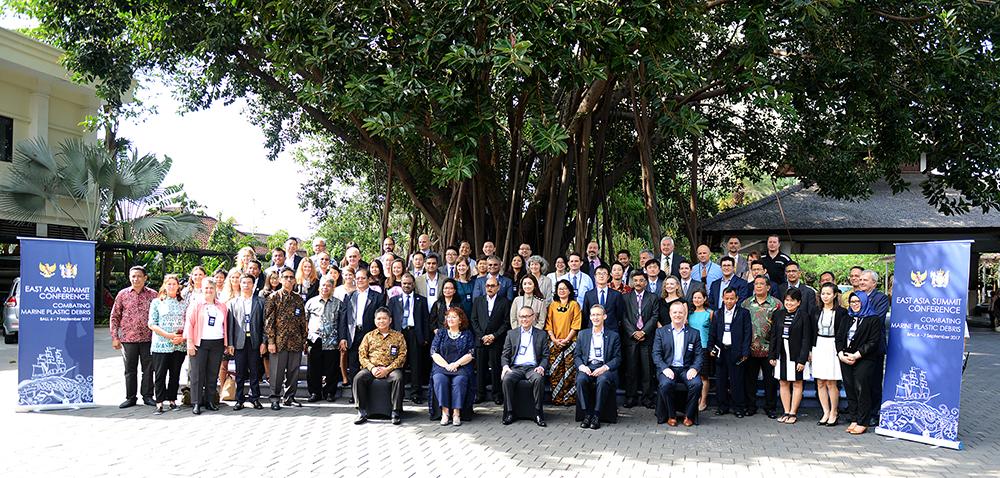 Perangi Sampah Plastik Laut, Indonesia-Selandia Baru Selenggarakan East Asia Summit