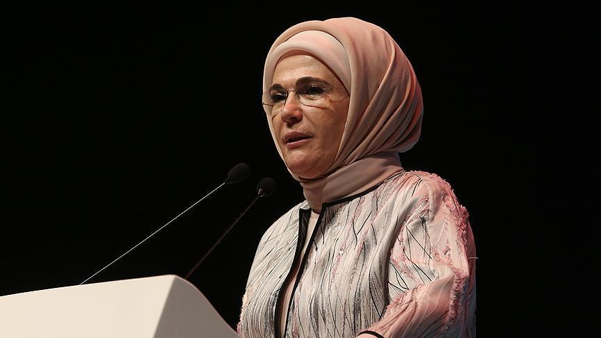 Ibu Negara Turki Seru Istri-istri Pemimpin Dunia Fokus pada Rohingya