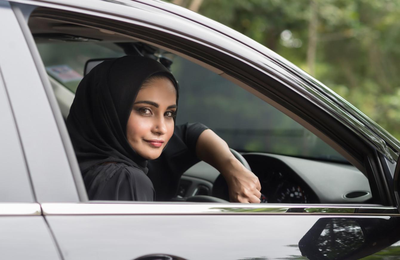 Pemuda Saudi Ditangkap Karena Ancam Pengemudi Wanita di Media Sosial