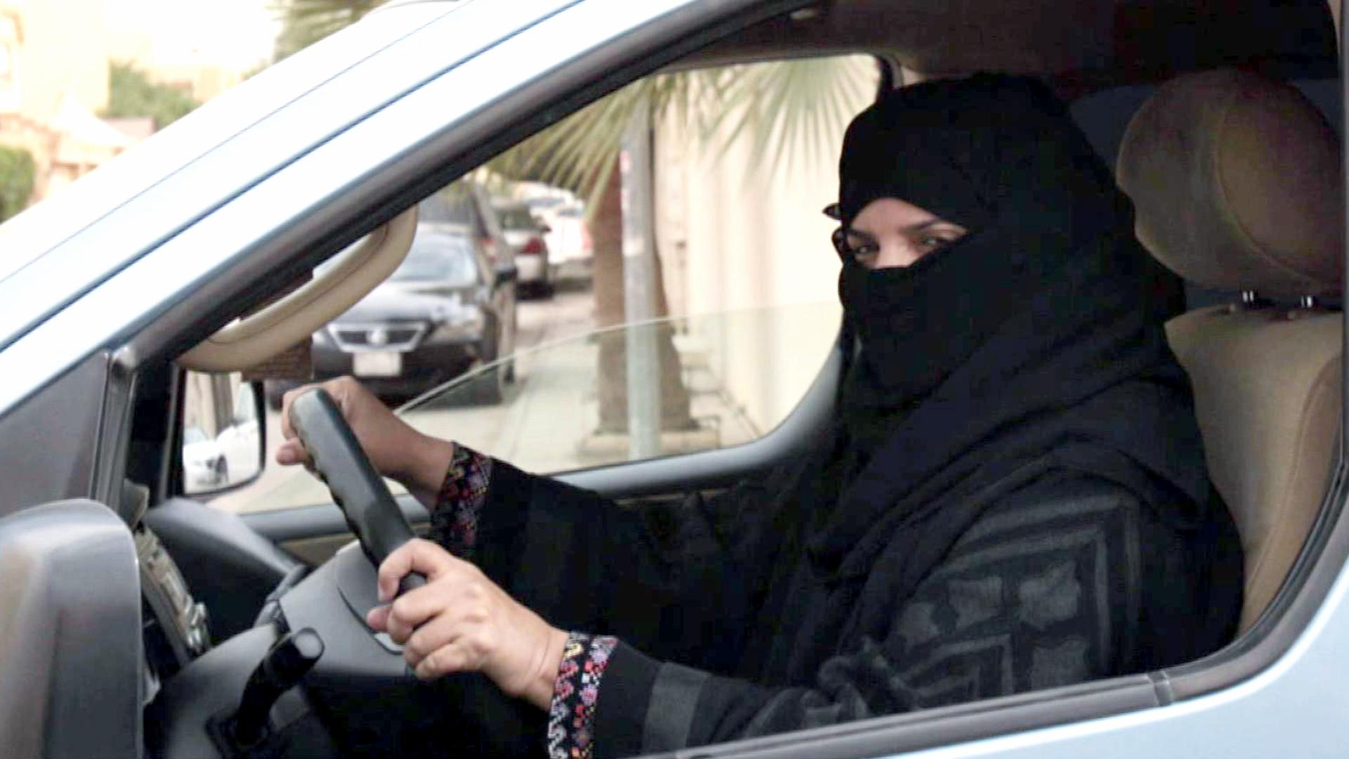 Wanita Saudi Harus Dapat Izin Wali untuk Mengemudi