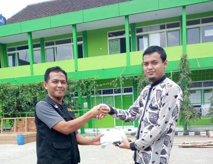 Ponpes Nashrul Haq Al-Islamy Tasikmalaya Bantu Rohingya Melalui AWG