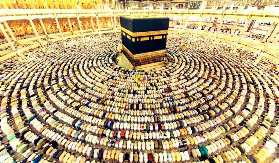 Khutbah Jumat: Kewajiban Umat Islam Bersatu Padu
