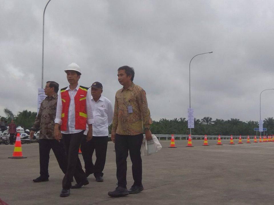 Presiden Jokowi Resmikan Dua Ruas Tol Sumut