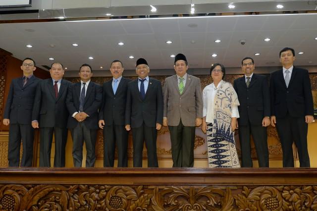 Paripurna DPR RI Sahkan Tujuh Anggota Komnas HAM