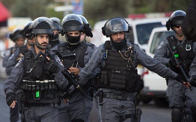 Israel Tangkap Pria Palestina karena Salah Terjemahkan Pesan Facebook