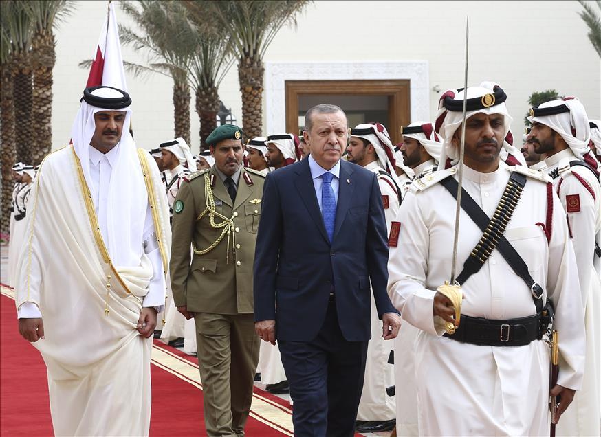 Erdogan Janjikan Dukungan Militer untuk Qatar