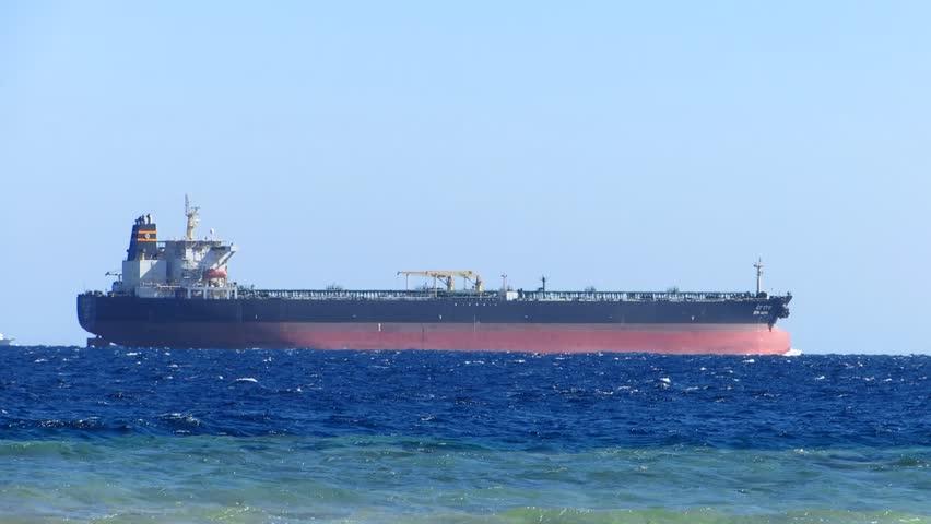 Houthi Ancam Kapal Minyak dan Pelayaran Internasional