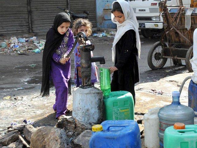 Kashmir Alami Krisis Air Terburuk