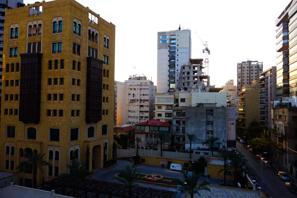 Kedutaan Saudi di Lebanon Jual Mobil-mobilnya