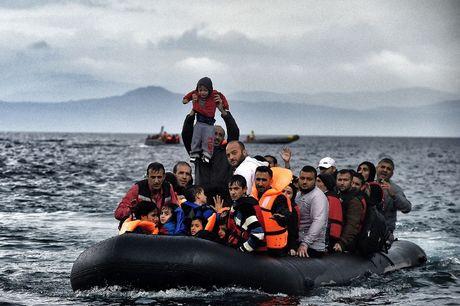 Lebih 600 Migran Terombang-ambing di Laut Mediterania