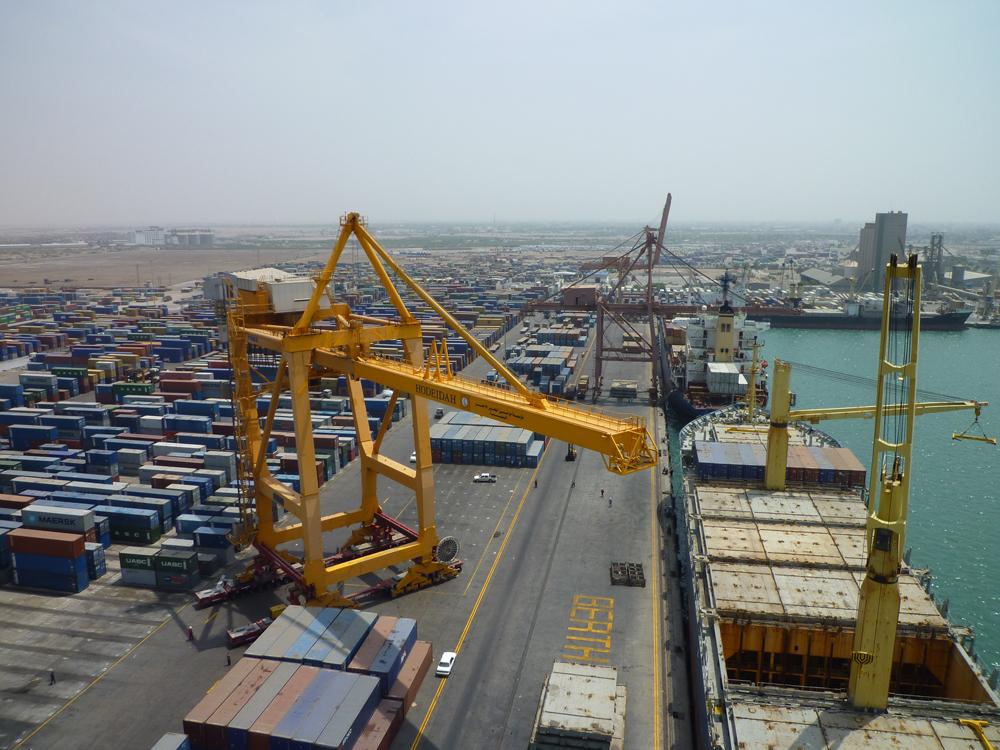 Saudi Akan Angkat Blokade Udara dan Pelabuhan Laut Yaman