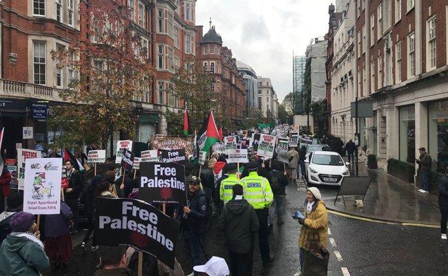 Demo Saat Pertemuan Pimpinan G7 di London, Tuntut Keadilan bagi Palestina