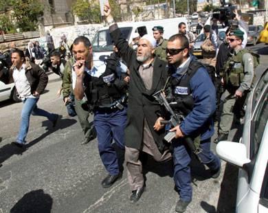 Hukuman Penjara pada Pejuang Palestina Sheikh Raed Salah Dikecam