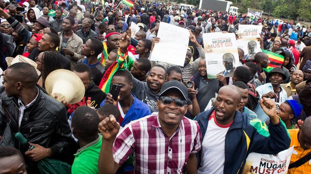 Ribuan Warga Zimbabwe Tuntut Presiden Mugabe Mundur
