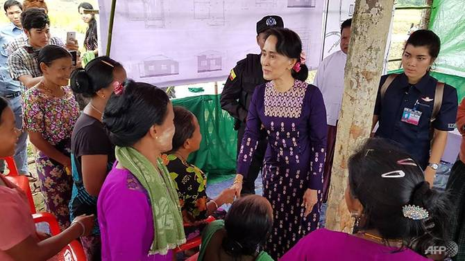 Suu Kyi Kunjungi Rakhine Utara yang Dilanda Krisis