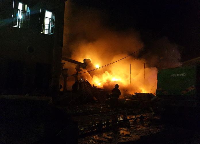 Ledakan di Tel Aviv Runtuhkan Gedung dan Tewaskan Empat Orang