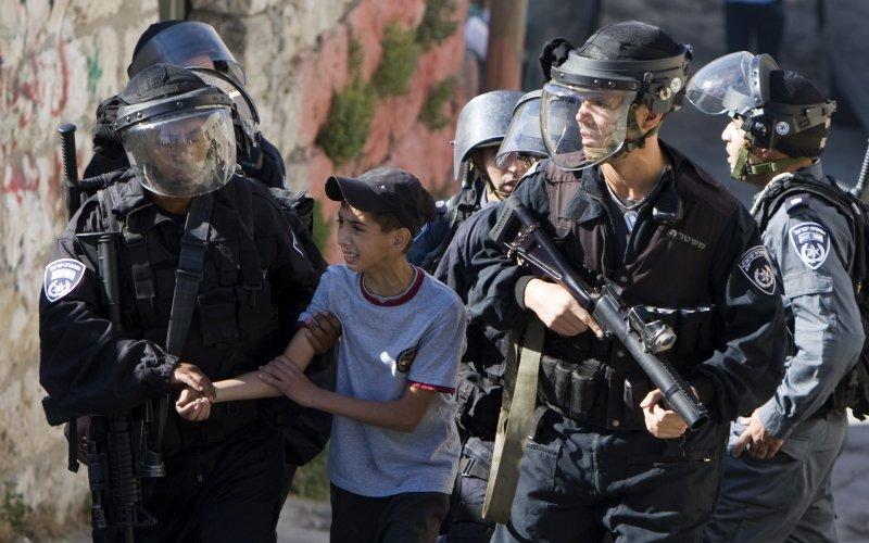 Israel Tangkap 16 Warga Palestina, Sembilan Diantaranya Anak-Anak