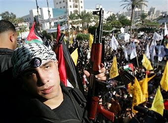 Peringati 13 Tahun Kematian Arafat, Ribuan Orang Demonstrasi