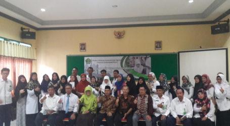 Tim Kemenag Berbagi Inspirasi Dengan Guru Madrasah di Daerah Perbatasan