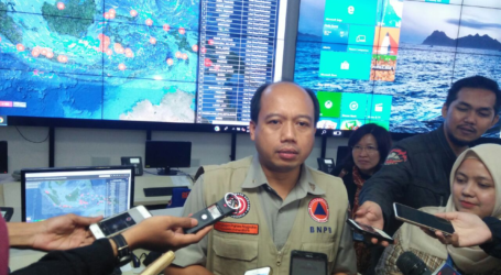 Kepala BNPB Serahkan Bantuan Rp. 2,25 Miliar untuk Bengkulu
