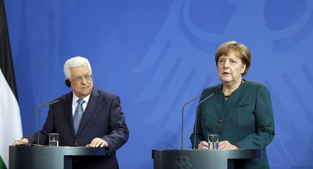 Jerman Tidak Dukung Trump