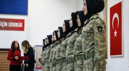 Tentara Wanita Afghanistan Selesaikan Latihan Militer di Turki
