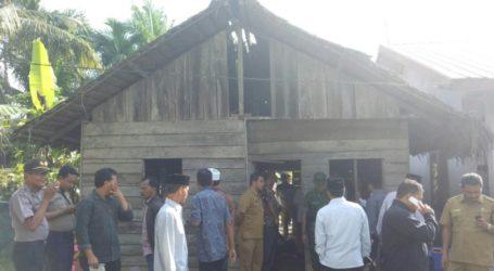 Peringati Hari Amal Bakti, Kemenag Aceh Tamiang Rehab Rumah Dhuafa