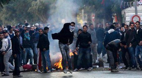 Bentrokan Pecah di Kota-kota Tunisia Jelang Peringatan Lengsernya Ben Ali