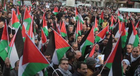 Ketua CEC: Dua Juta Warga Palestina Berhak Berikan Suara
