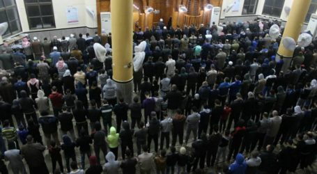 Gaza Galakkan Shalat Subuh Berjamaah di Masjid