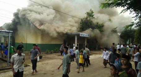 Gedung SQABM Terbakar, Warga Siapkan Rumahnya untuk KBM Sementara