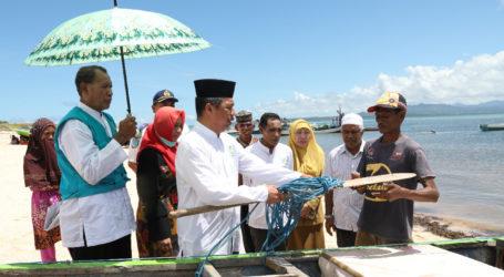 Parmusi Bantu 10 Perahu Kayu Motor Untuk Kelompok Nelayan NTT