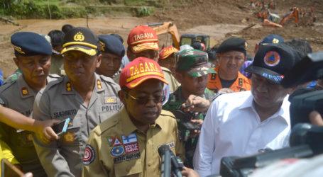Mensos dan Ketua DPR Kunjungi Lokasi Bencana Alam Brebes