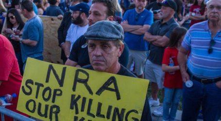 Warga AS Demo Desak Perketat Undang-Undang Senjata