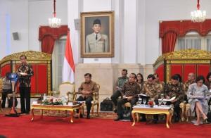 Jokowi : Tangani Secepatnya Masalah Keamanan