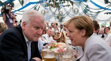 Bantah Menterinya, Merkel: Islam Bagian dari Jerman