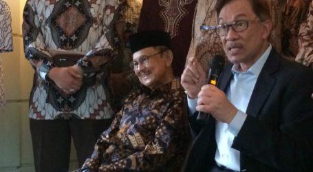 Anwar Ibrahim Temui BJ Habibie di Jakarta Peringati 20 Tahun Reformasi
