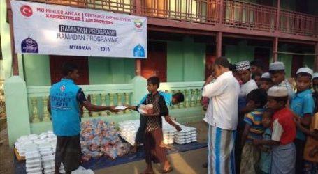 Turki Salurkan Bantuan Ramadhan Untuk Muslim Rohingya