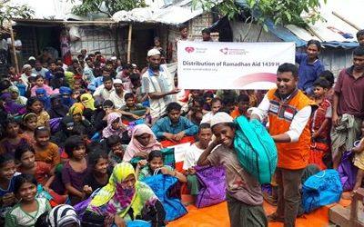 Rumah Zakat Bagikan 500 Paket Lebaran di Kamp Pengungsi Rohingya di Bangladesh