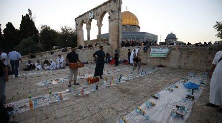 AWG Gelar Iftar Di Masjidil Aqsa