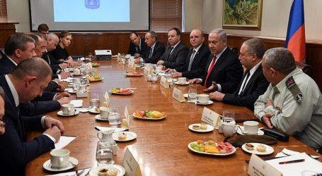 Israel Tolak Tawaran Rusia untuk Posisi Iran 100 km dari Perbatasan Israel