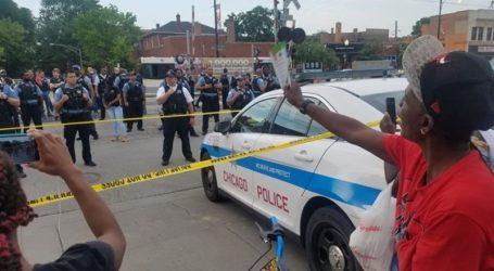 Protes Meletus di Chicago Setelah Pria Kulit Hitam Ditembak Mati Polisi