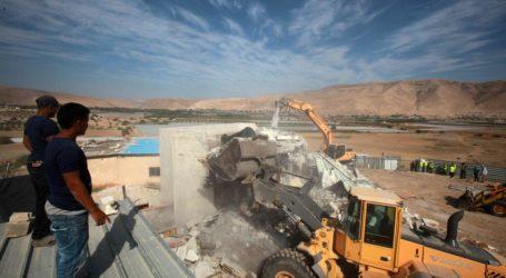 Tentara Israel Paksa 4 Keluarga Palestina Keluar dari Rumah Mereka